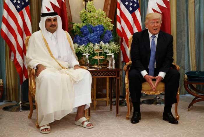 امیر قطر با دمپایی در حضور ترامپ