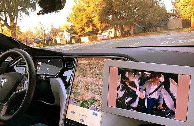 پایگاه خبری آرمان اقتصادی 57810912 خودروهایی که حرکات راننده را زیر نظر دارند +عکس