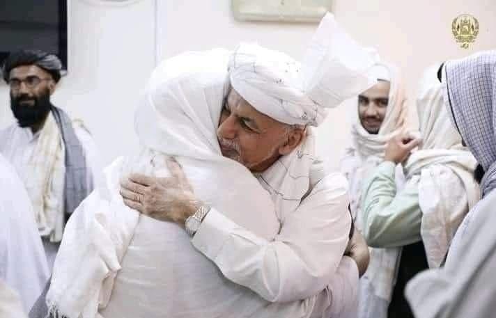 طالبان و اشرف غنی