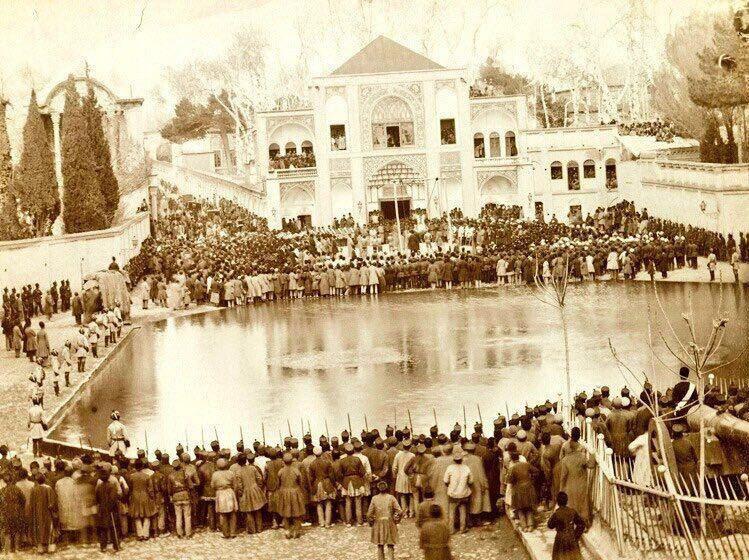 میدان توپخانه در روز عاشورا در دوران قاجار