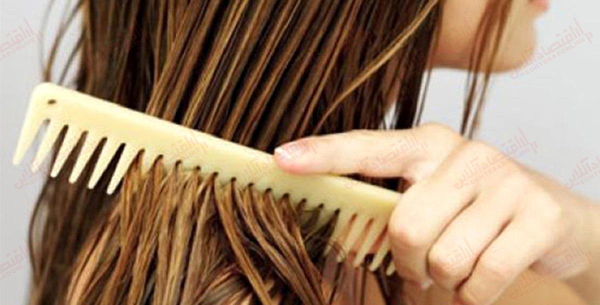 شانه کردن موی خیس