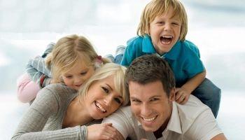 به دیگران اجازه دخالت در تربیت کودک را ندهید