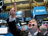 ارزش سهام والاستریت بالا رفت