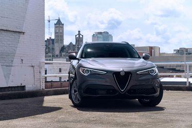 2018-Alfa-Romeo-Stelvio-Sport