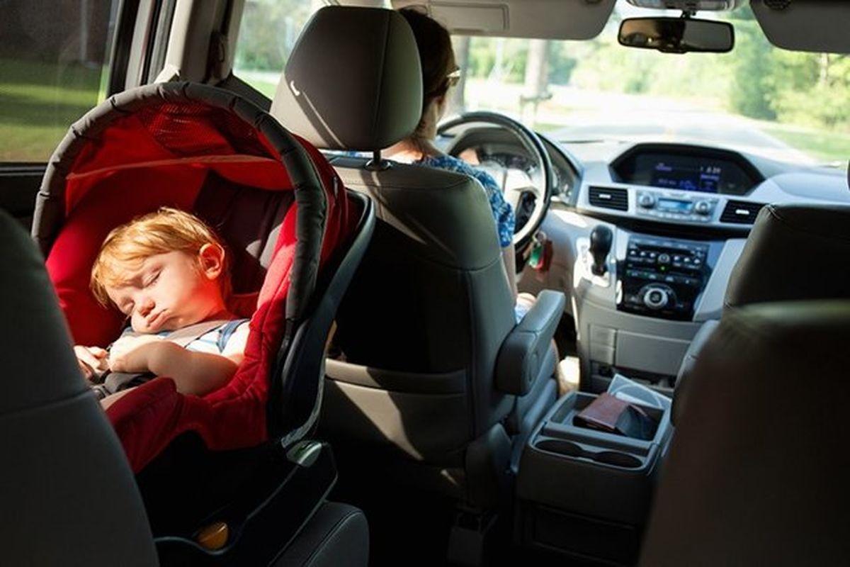 """قوانینِ جهانیِ استفاده از """"صندلی کودک در خودرو"""""""