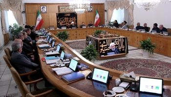 روحانی: دشمنان منطقه باید از پاسخ هشدار آمیز یمنیها درس بگیرند/ قاومت ملتهای بیدار و هوشیار منطقه، شعله خاموشناشدنی است