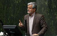 محمود صادقی بهدلیل توهین به آملی لاریجانی ۳ماه زندانی میشود