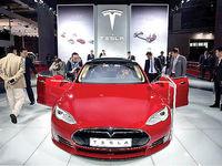 تسلا به رکورد تولید ۳۰۰هزار خودرو در سال رسید