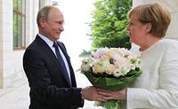 گل دادن پوتین به مرکل حاشیه ساز شد