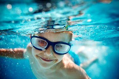 از فواید جسمانی و روانی شنا