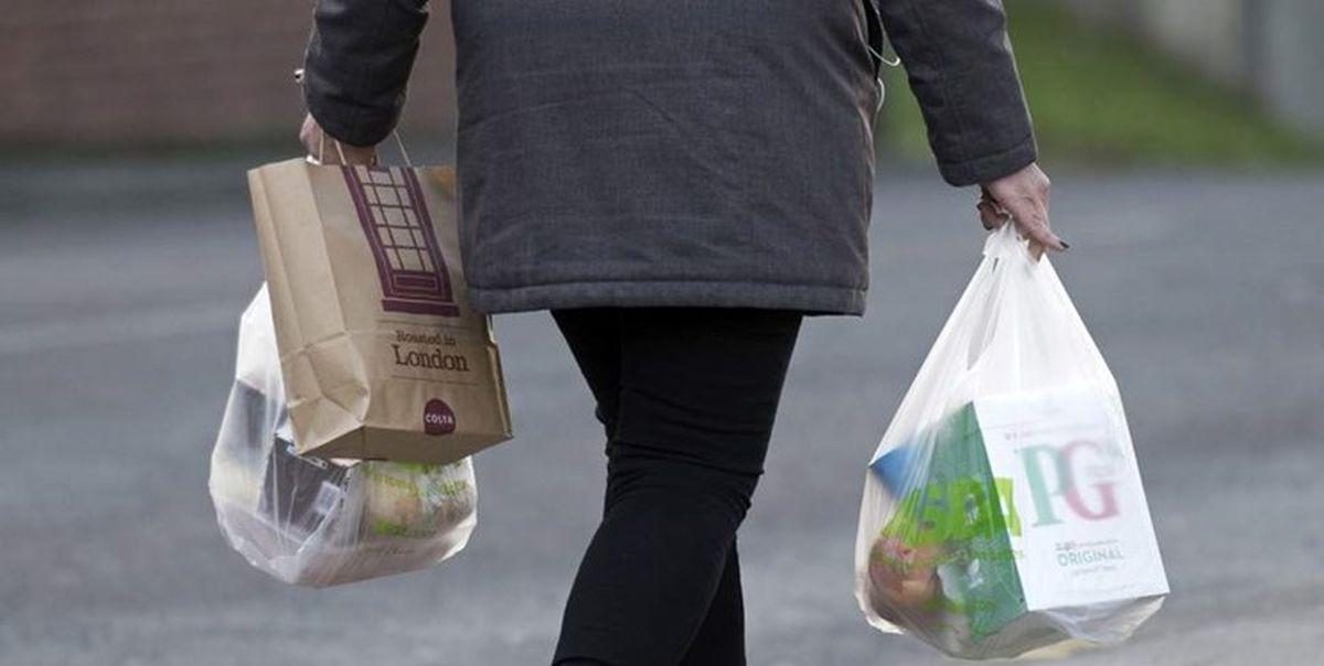 مصرف بیمحابای پلاستیک در فروشگاههای زنجیرهای 