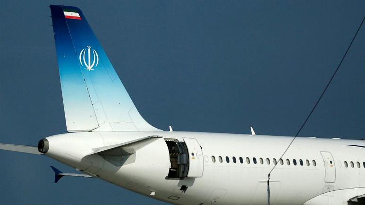 یک مقام آمریکایی: ترامپ از ورود ظریف به بیاریتز فرانسه بیخبر بود