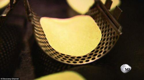 مراحل تولید مشهورترین چیپس جهان +تصاویر