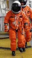 لباسهای فضانوردی مجهز به توالت اورژانسی +عکس