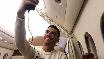جنجال سلفی رونالدو در هواپیما +عکس