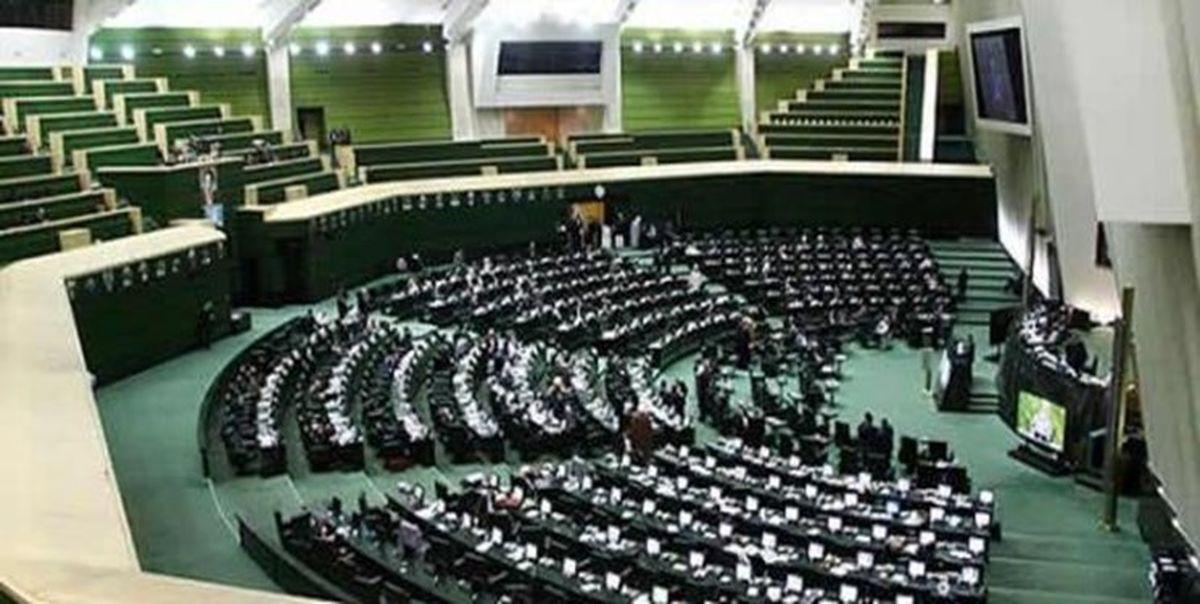 بررسی وضعیت استانهای سیلزده با حضور وزرا