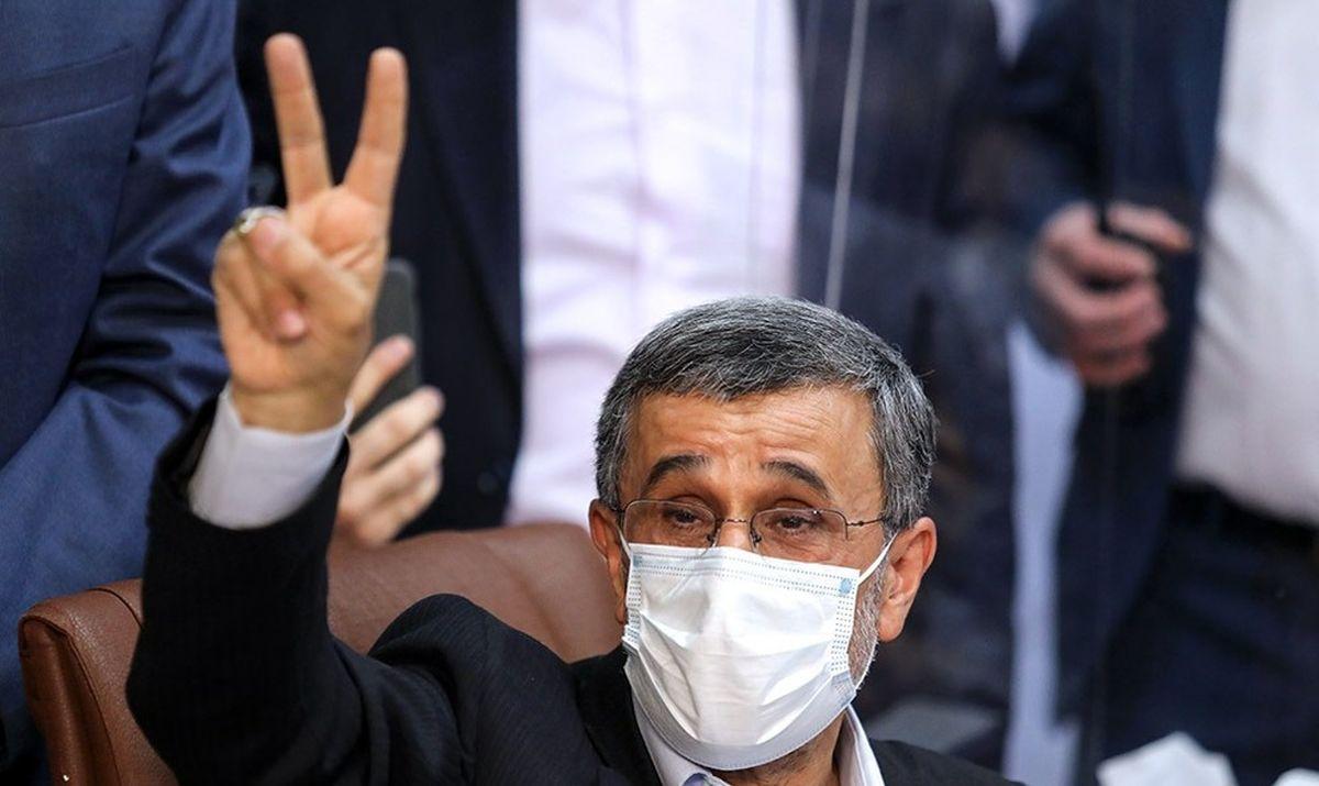 ترمز احمدی نژاد را بکشید!