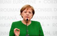 مرکل از ادامه رایزنیها برای تشکیل ائتلاف اروپایی در تنگه هرمز خبر داد