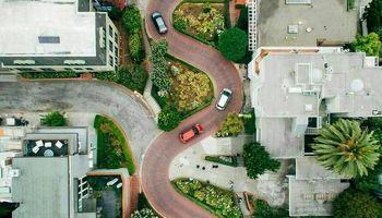 خیابان زیگزاگی در آمریکا +عکس