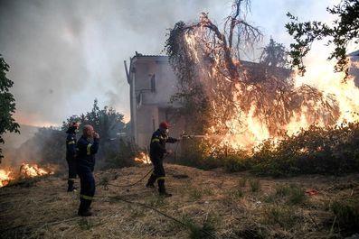 آتش سـوزی در آتن