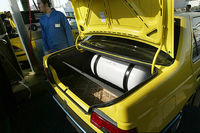 دلایل استقبال اندک از دوگانهسوز کردن خودروها/ از پایین آمدن کیفیت موتورهای دوگانه سوز کارگاهی تا پراکندگی نامناسب جایگاه سوخت گاز