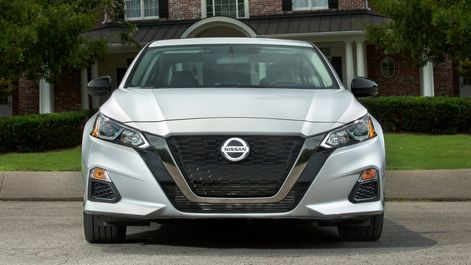2019-Nissan-Altima