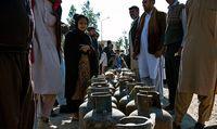 مردم زاهدان در صفهای گاز مایع +عکس