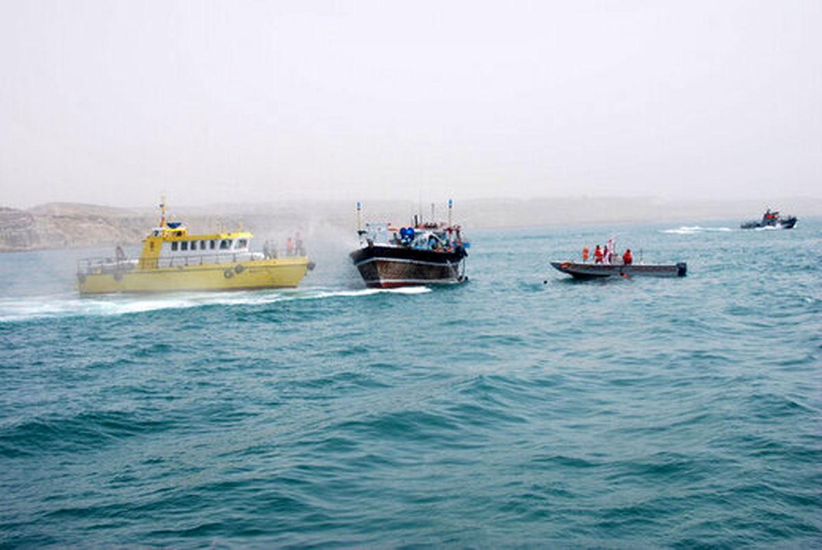 آمریکاییها مدعی حرکات ناامن از سوی شناورهای نظامی ایرانی شدند