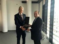 دیدار سفیر ایران با رییس کمیسیون دارایی پارلمان اتریش و رییس اتاق بازرگانی وین