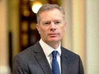 سفیر انگلیس با حادثه دیدگان چابهار ابراز همدردی کرد