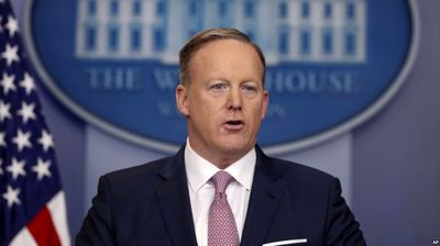 کاخ سفید شهرهای مهاجر پذیر با تهدید کرد