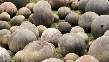 همه چیز درباره سنگهای اسرار آمیز کاستاریکا