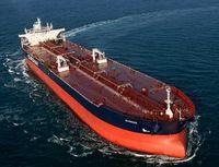 صادرات نفت ایران به صورت محدود و کُند رشد میکند