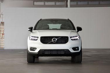 2018-Volvo-XC40