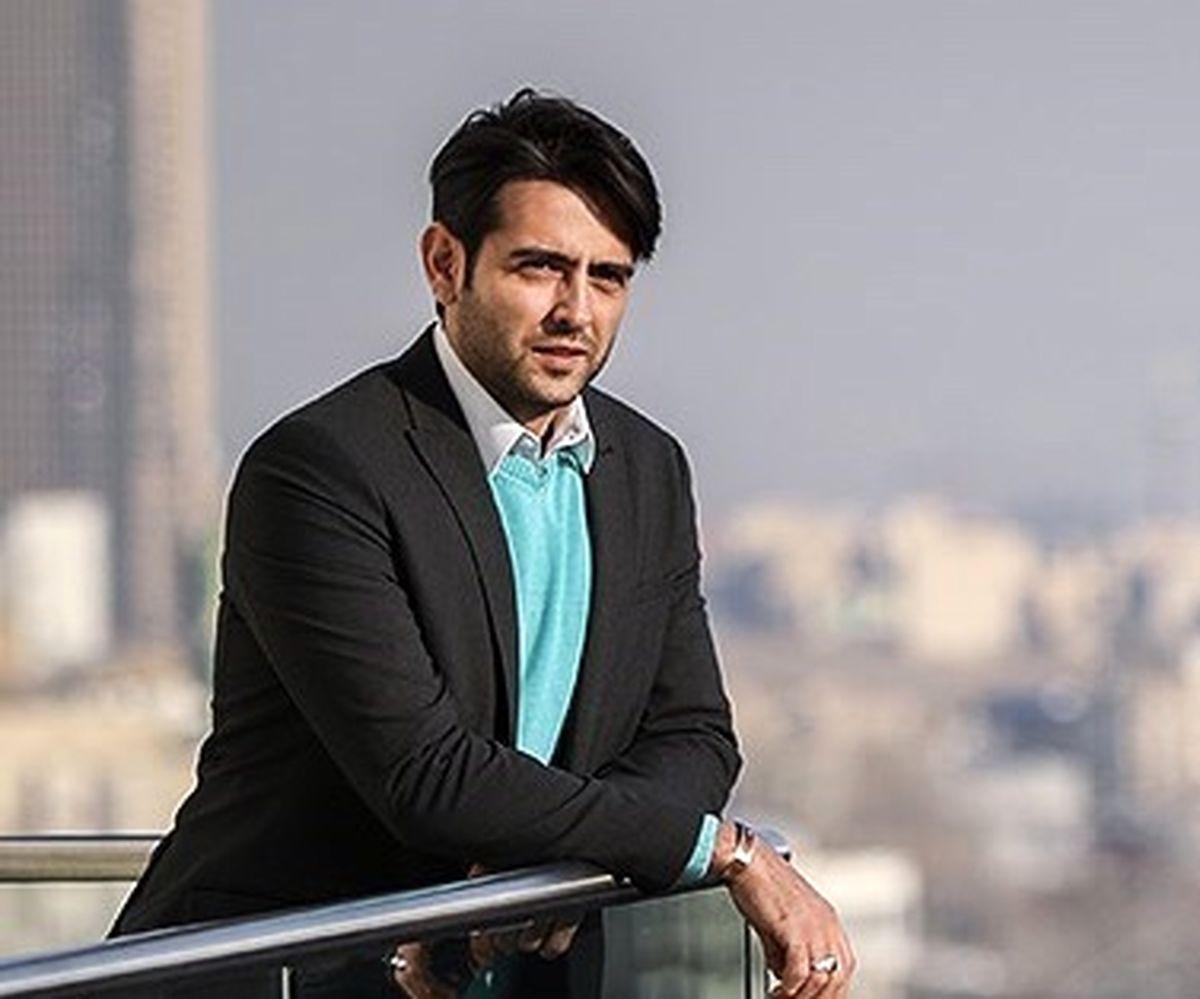 امیرحسین آرمان در کافه + عکس