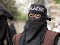 چرا زنان تروریست میشوند؟