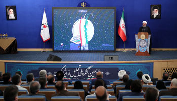 امروز با جنگ اقتصادی روبهرو هستیم/ ملت ایران دشمنان را در جنگ اقتصادی پشیمان خواهد کرد