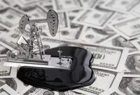 پیشبینی قیمت نفت ۱۰دلار کاهش یافت