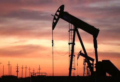 وابستگی اقتصاد ایران به نفت اشکالی اساسی است