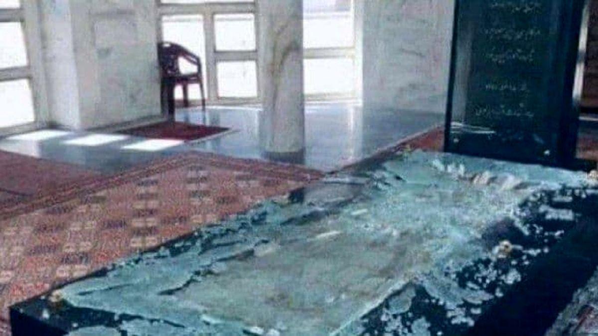 تخریب مقبره احمد شاه مسعود توسط طالبان