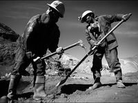 امنیت شغلی و معیشت دغدغه اصلی کارگران
