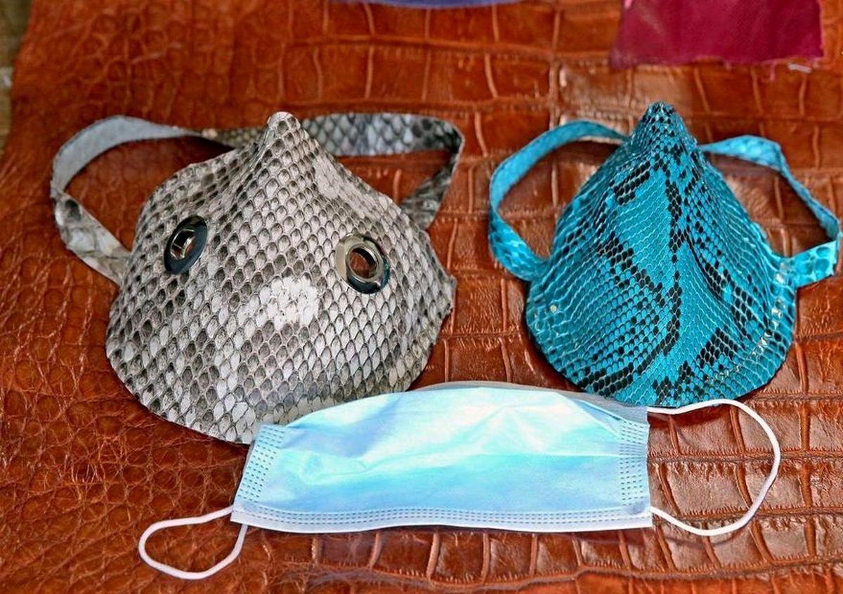 تولید ماسک با پوست مار پیتون! +تصاویر