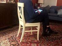 فرش ایرانی در دفتر کار برنی سندرز +عکس