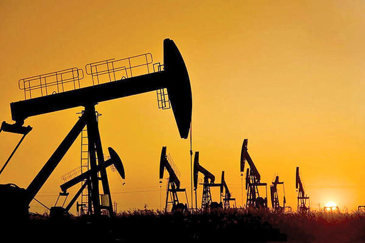 سقوط ۲۰ درصدی نفت در ۲۰۲۰