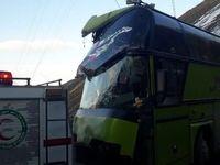 تصادف وحشتناک اتوبوس با دیواره تونل +عکس