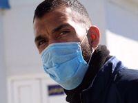 بازیکنان استقلال با ماسک در ورزشگاه سیرجان +عکس