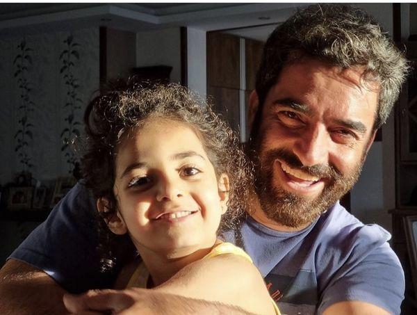 سلفی نورانی منوچهر هادی و دخترش + عکس