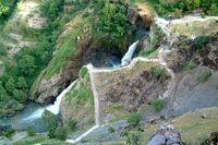 آبشاری با دو طبقه پنهان +تصاویر