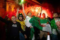 شادی الجزایریها در لندن +تصاویر