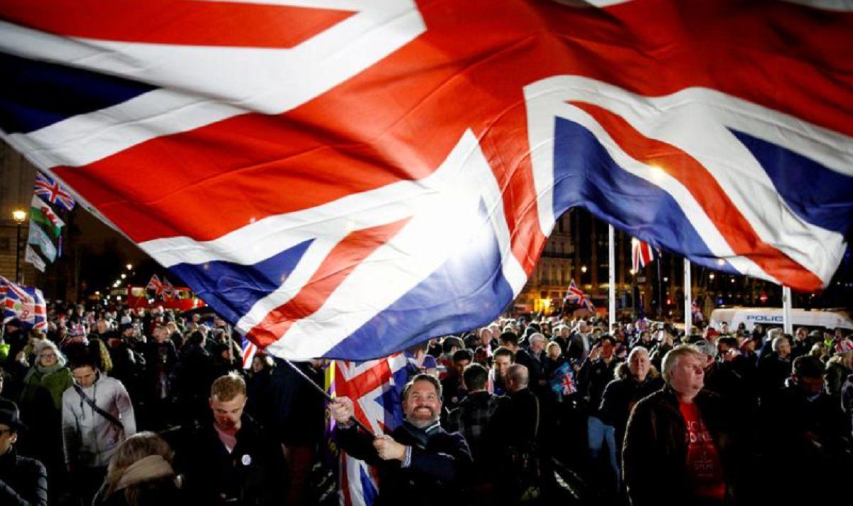 کرونا و برگزیت چقدر برای بریتانیا هزینه دارد؟